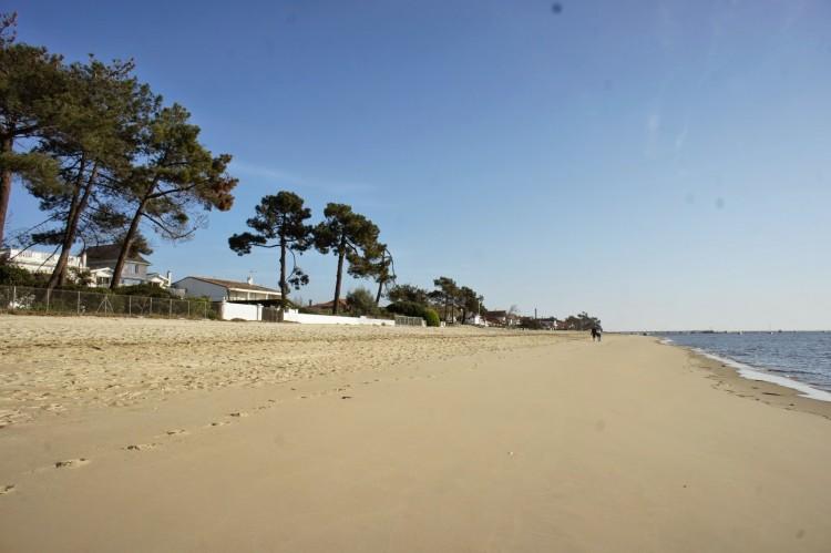 La plage du phare un matin d'avril