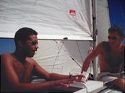 ludovic gasparini et le fol à bord de l'Iboga en août 2001