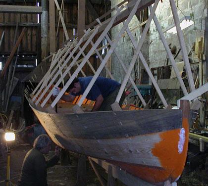 La 3e pinasse de Lège-Cap-Ferret en construction au chantier Bossuet, Quartier de l'aiguillon à Arcachon (photo ? CNC)